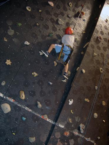 Wall_climbing_2